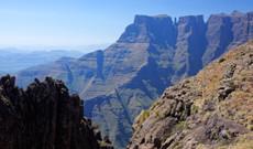 Südafrika Rundreisen - Südafrika Wandern Drakensberge & Safari